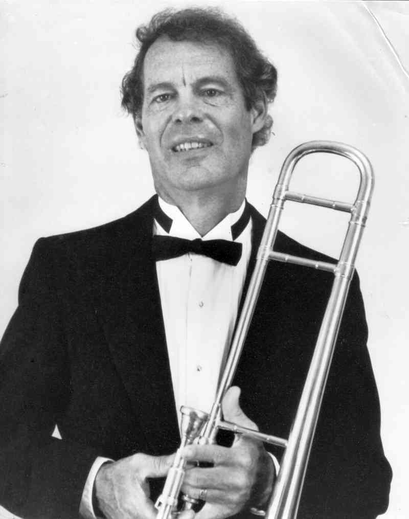 Website of the Trombone Player Roy Wiegand